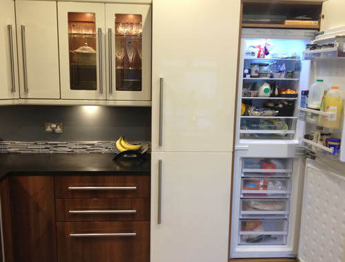 ... Click To Open Our Fitted Kitchen Gallery